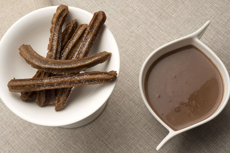 chocolate-con-churros-de-cafe